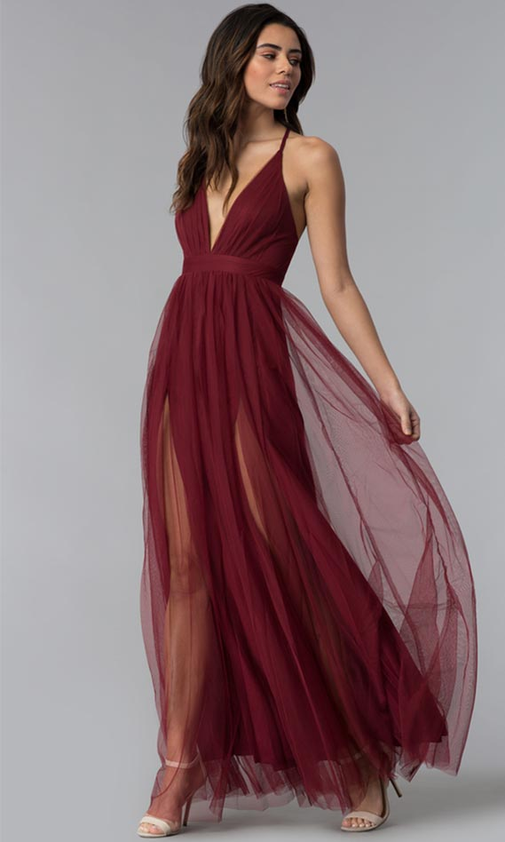 Shop our large collection of dresses to find prom dresses, homecoming dresses, semi-formal dresses, party dresses, cocktail dresses, and celebrity-inspired dresses perfect for any special event. There are long formal gowns for pageants, military balls, winter formals, black-tie weddings, or charity galas.